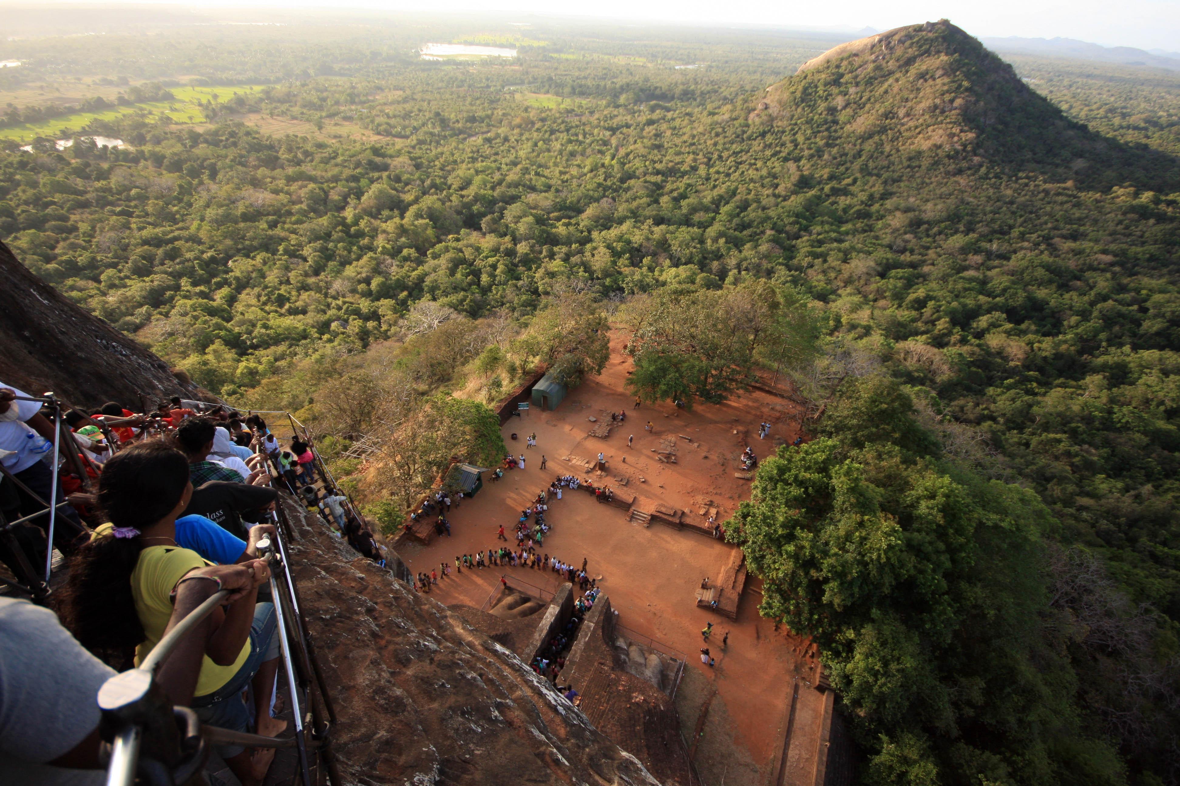 Sigiriya Rock And Pidurangala Rock Temple Lucycalder