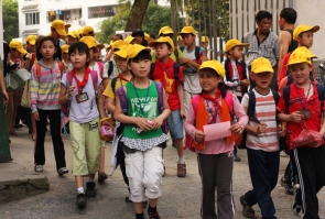 School children, Yangshuo, Guangxi
