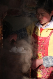 Steamed dumplings seller, Litang, Sichuan